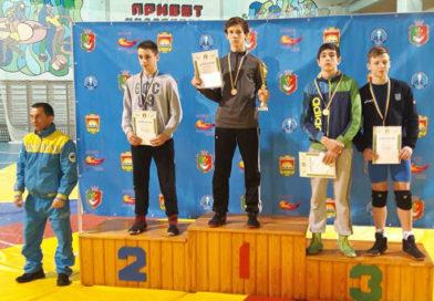 Младшие юноши соревновались в Кривом Роге